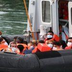 Спасатели Франции вытащили из Ла-Манша 159 мигрантов