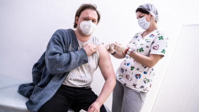 Свыше 600 тыс. человек в Подмосковье привились от коронавируса