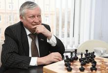 Выдающийся шахматист Анатолий Карпов проведёт сеанс одновременной игры с детьми на форуме «SportForumLive»