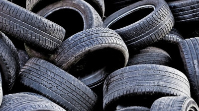 Жителей Подмосковья призвали сдавать старые шины в пункты приема «Мегабак»