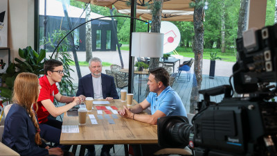 Андрей Воробьев ответил на вопросы школьников в эфире телеканала «360»
