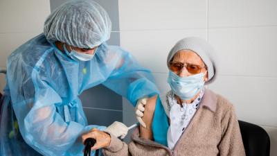 Более 1 млн человек в Подмосковье сделали прививку от коронавируса