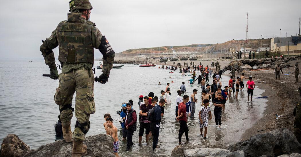испания ввела войска на пляжи сеуты