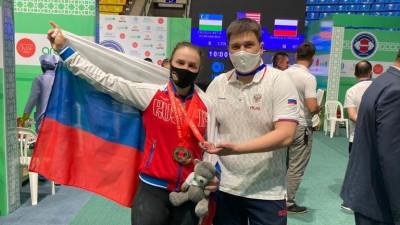Юниорка из Подмосковья завоевала три бронзы на первенстве мира по тяжелой атлетике