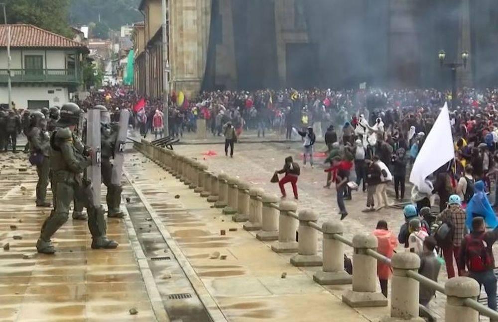 колумбия настоящий народный протест выглядит так