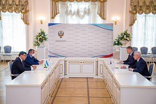 Олег Матыцин провел рабочую встречу с заместителем Премьер-министра – Министром туризма и спорта Республики Узбекистан Азизом Абдухакимовым