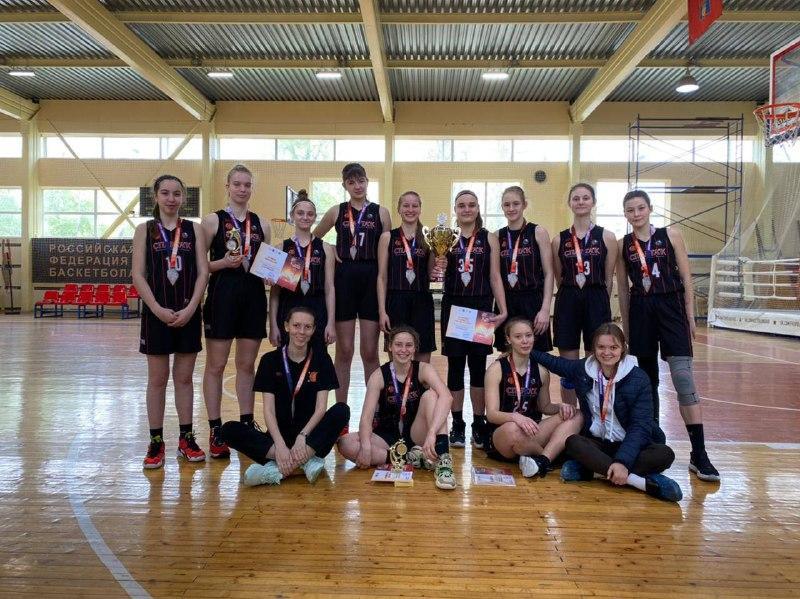 Подмосковные баскетболистки завоевали серебро межрегионального турнира
