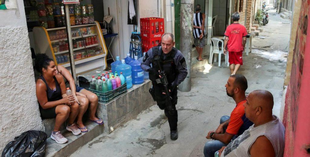 полицейский рейд в рио де жанейро минимум 25 погибших