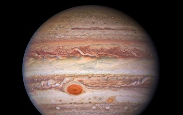 Получены новые потрясающие снимки Юпитера