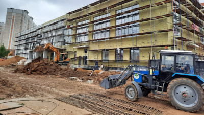 Строительство школы на 1,1 тыс. мест в городском округе Подольск завершили на 70%