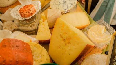 Свыше 100 наименований сыров представят на ярмарке в Одинцове