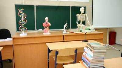 Новые учебные пособия и оборудования в школе