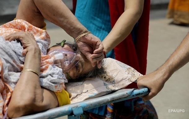 Врач пояснила причины постковидной эпидемии черной плесени в Индии