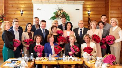 Андрей Воробьев и Михаил Мишустин поздравили соцработников с профессиональным праздником