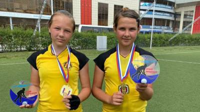 Юные спортсменки из Подмосковья победили во всероссийских соревнованиях по хоккею на траве