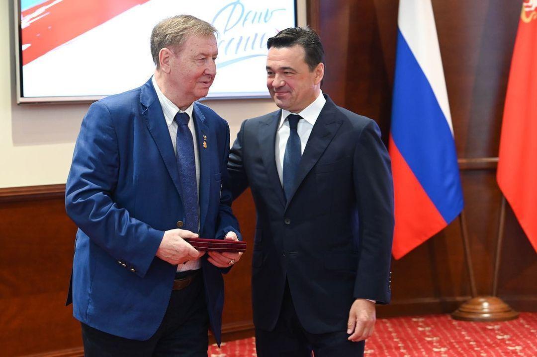 Легенда советского хоккея Юрий Ляпкин награждён государственной наградой в преддверии Дня России