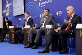 Олег Матыцин принял участие в деловой сессии «Роль спорта в формировании молодёжной политики будущего»