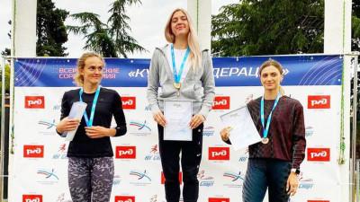 Спортсменки из Подмосковья завоевали две медали на соревнованиях по легкой атлетике