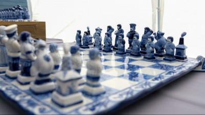 Выставку «Мир Шахмат. Гжель» открыли в Раменском округе