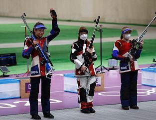 Игры XXXII Олимпиады в Токио: Юлия Зыкова выиграла «серебро» в стрельбе из винтовки с 50 м из трех положений, у Юлии Каримовой – «бронза»