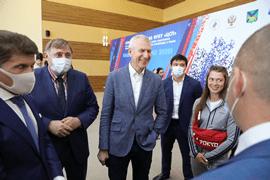 Олег Матыцин ознакомился с условиями подготовки российских олимпийцев во Владивостоке