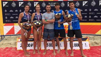 Подмосковные команды по пляжному волейболу стали серебряными призерами чемпионата России