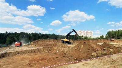 Разработку котлована для школы на 1,1 тыс. мест начали в Балашихе