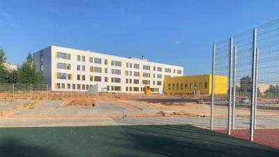 Строительство школы на 1,1 тыс. мест завершается в микрорайоне Солнечногорска