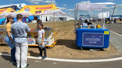 Свыше 30 торговых точек по продаже мороженого организовали на МАКС в Жуковском