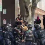В Лос-Анджелесе в ходе дуэльной демонстрации арестованы десятки человек