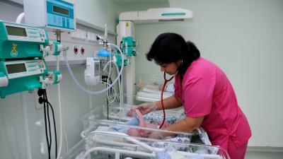 В Минздраве рассказали, как выхаживают недоношенных детей в подмосковных перинатальных центрах
