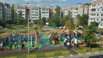 В Московской области назвали рекомендованные к высадке у многоквартирных домов растения