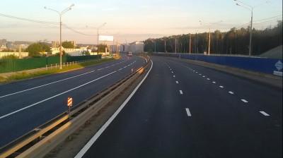 Более 1 тыс. нарушений чистоты вдоль вылетных магистралей устранены в Подмосковье