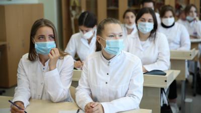 Более 5,7 тыс. заявлений подалиабитуриенты в подмосковные медколледжи