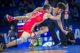 Чемпионат мира среди юниоров по спортивной борьбе проходит в Уфе
