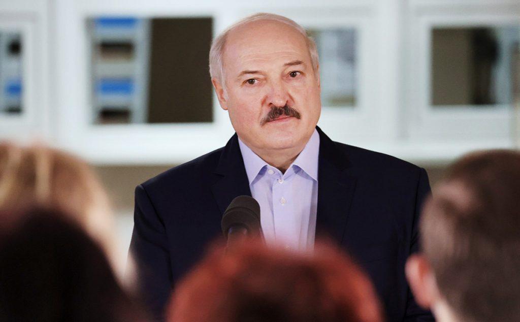 лукашенко ответил на угрозы ес прошёлся по украине и пообещал скоро уйти