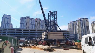 Строители приступили к возведению надземной части здания поликлиники в Домодедове