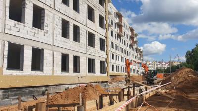 Устройство инженерных сетей начали при строительстве жилых домов в Истре