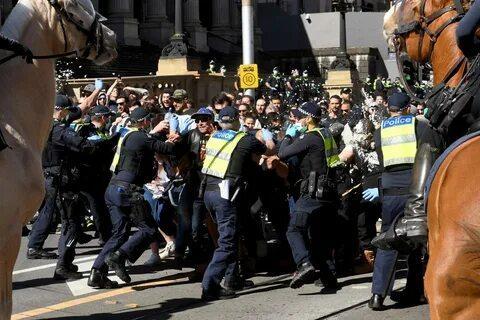 в австралии полиция задержала сотни демонстрантов