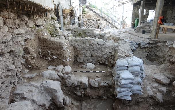 В Иерусалиме нашли следы землетрясения из Библии