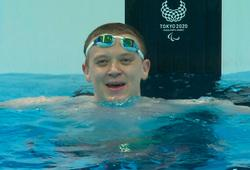 XVI Паралимпийские летние игры: Андрей Граничка победил в плавании на 100 м брассом с мировым рекордом