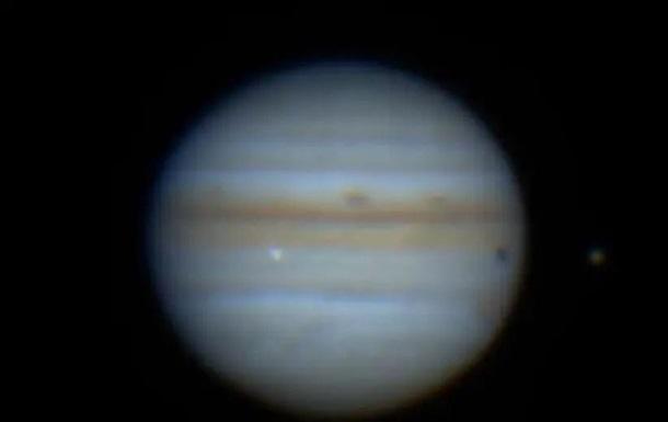 Астрономы засняли стокновение Юпитера с неизвестным объектом