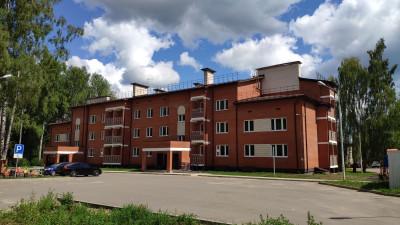 Более 100 жителей аварийных домов переедут в новое жилье в Дмитровском округе