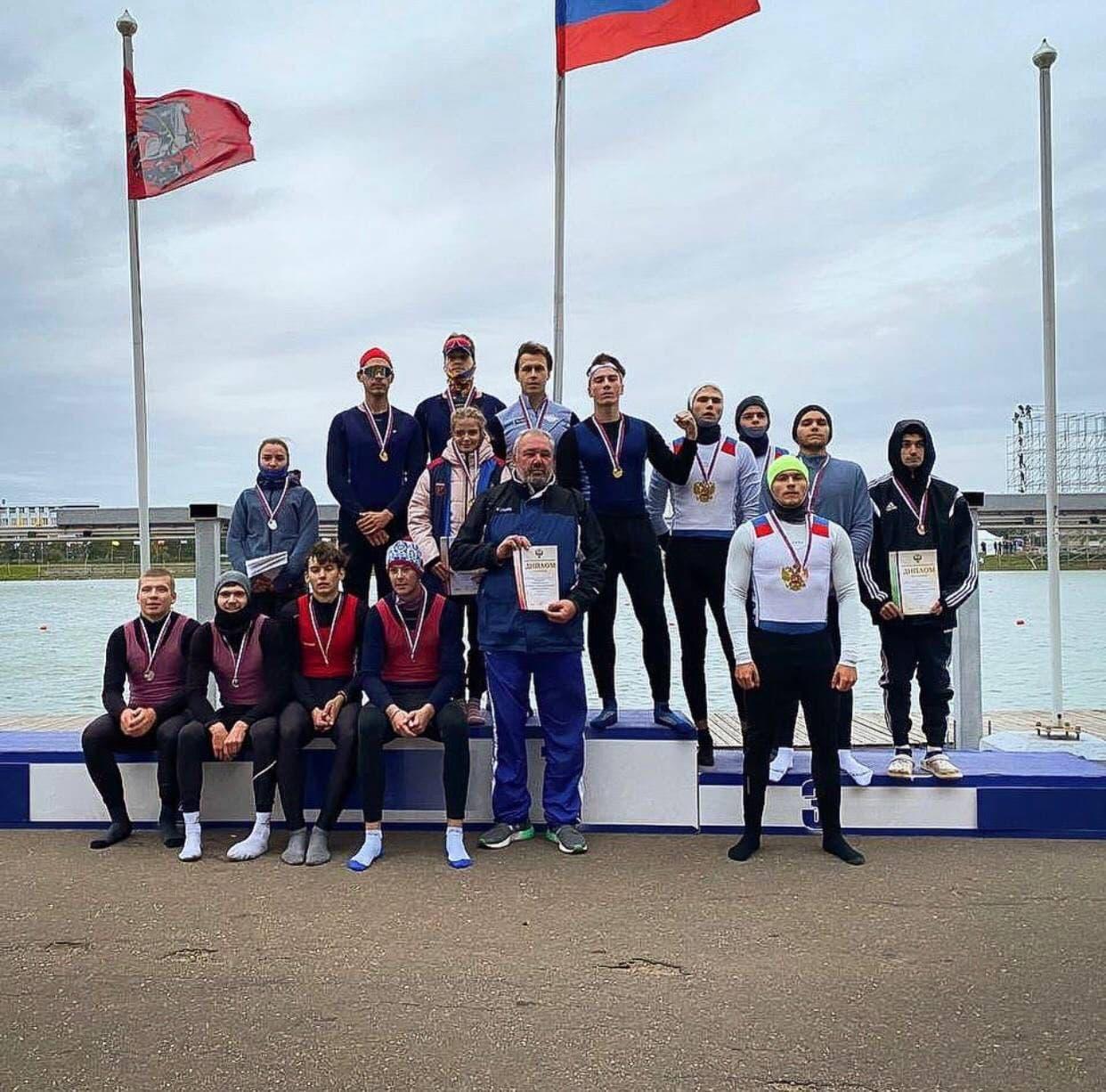 Гребцы из Подмосковья завоевали 5 медалей на первенстве страны