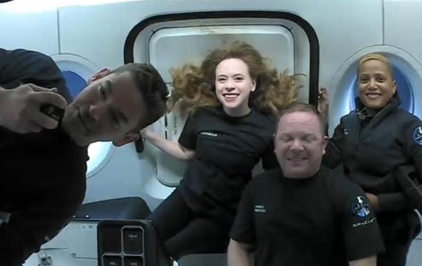 Маск рассказал, как прошел первый туристический полет в космос