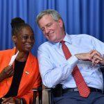 Мэр Нью-Йорка: люди тонут в подвалах из-за изменений климата