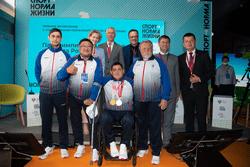 Олег Матыцин провёл встречу с российскими медалистами XVI Паралимпийских летних игр в режиме телемоста Владивосток – Токио