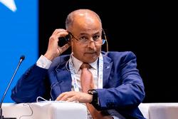 Президент FINA Хусейн Аль-Мусаллам представил на IX Международном спортивном форуме «Россия – спортивная держава» программу «Плавание – жизнь ради жизни»