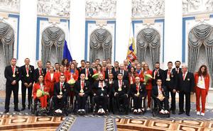 В Кремле наградили российских паралимпийцев