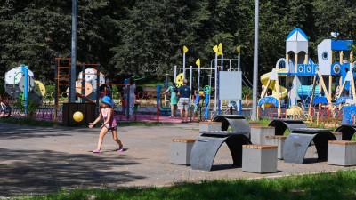 В Подольске установили 10 губернаторских детских площадок